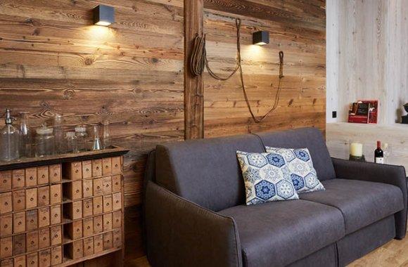residence-roesch-sandplatz-couch.jpg